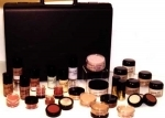 International Cosmetic Kit